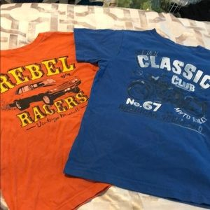 Boys lot of 2 graphic tees old navy's size medium